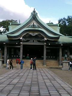 yoyokuni-jinnjya.jpg